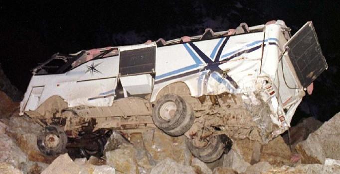 Filipinler'de otobüs kazasında ölenlerin sayısı 31'e çıktı