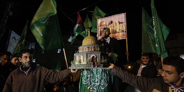 Filistin Gazze için ayakta