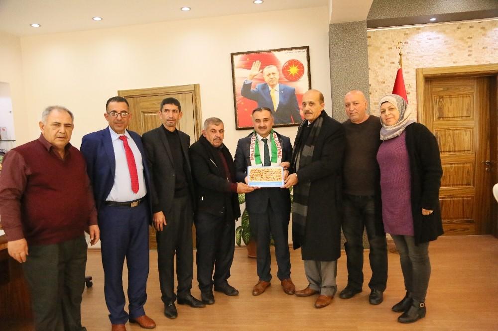 Filistin'den gelen heyetten Başkan Cabbar'a ziyaret