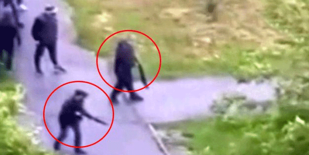 Filmleri aratmayan görüntü! Avrupa'nın göbeğinde iki grup sokak ortasında çatıştı