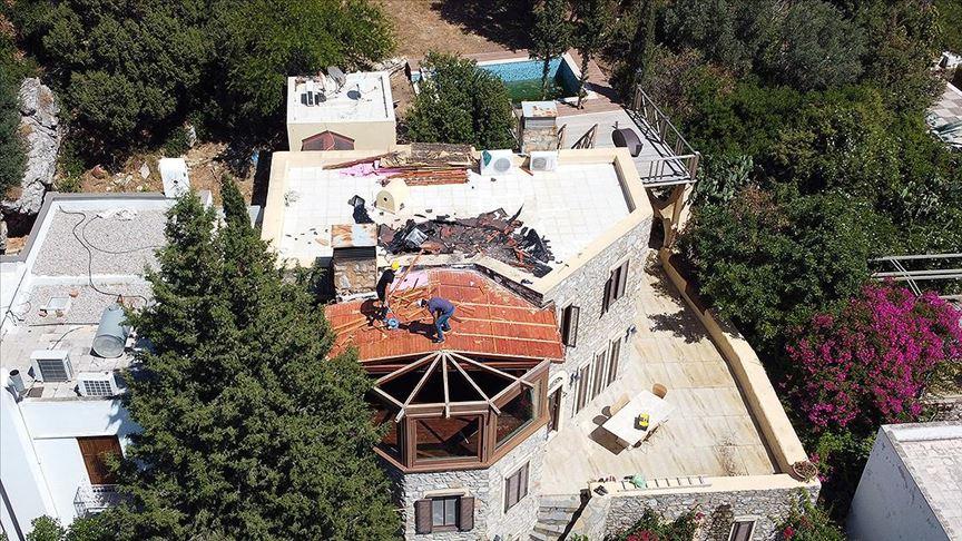 Firari gazeteci Can Dündar'ın Bodrum'daki villasının kaçak bölümünde yıkım başladı