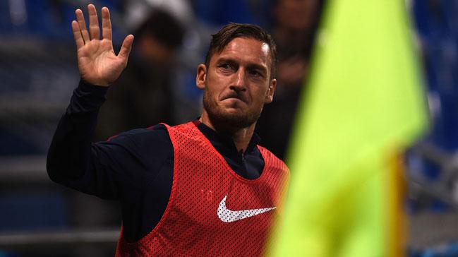 Francesco Totti'ye 6 yıllık sözleşme teklifi!