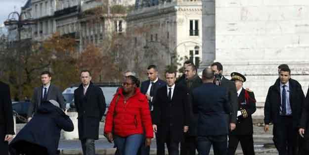 Fransa Cumhurbaşkanı Macron en ateşli noktada