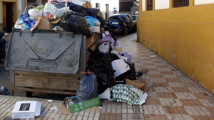 Fransa'da çöpler toplanmıyor!