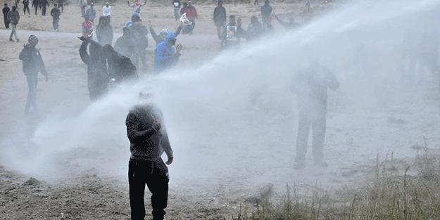 Fransa'da polis şiddeti! Batı medyası 3 maymunu oynuyor