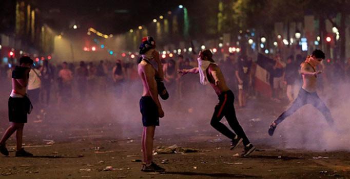 Fransa'da şampiyonluk kutlamaları çatışmaya döndü