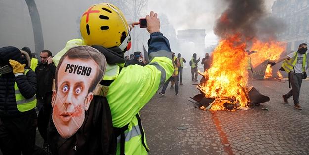Fransa'da Sarı Yelekler'in protestosu 35. haftada