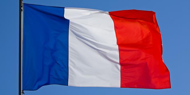 Fransa'da turuncu alarm! 65 bin haneye elektrik verilemiyor