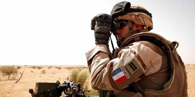 Fransız askerlere bombalı saldırı