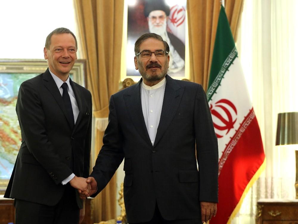 Fransız diplomat Emmanuel Bonne Tahran'da