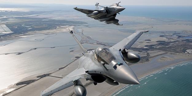 Fransız savaş uçakları Rum tarafına konuşlandı