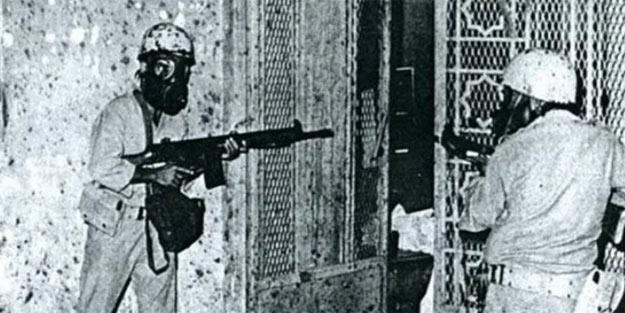 Fransız subay itiraf etti! 'Kabe'de 300 değil 5 bin kişi öldü'
