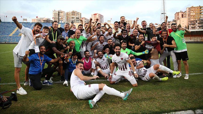 Futbol camiasından Hatayspor'a tebrik