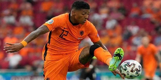 Galatasaray, Aanholt'u KAP'a bildirdi