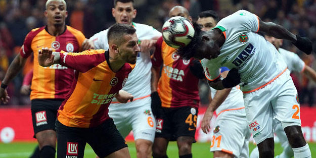 Galatasaray Alanya'da dağıldı