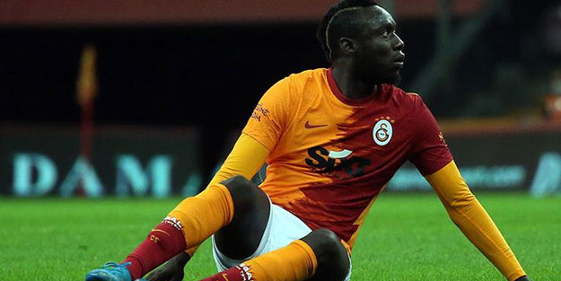 Galatasaray evinde 2 puanı kaçırdı