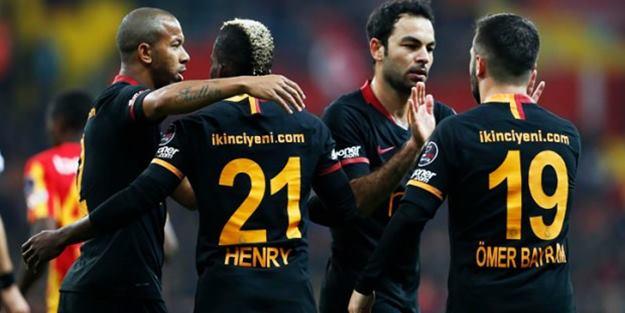 Galatasaray, Kayseri'de gol oldu yağdı!