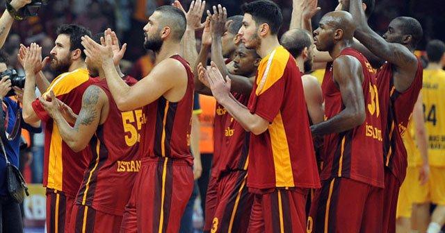 Galatasaray tarihe geçmek istiyor