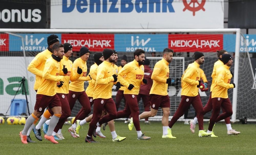 Galatasaray'da Antalya kamp kadrosu belli oldu