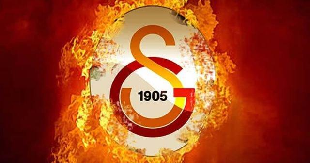 Galatasaray'da ilk ayrılık geldi