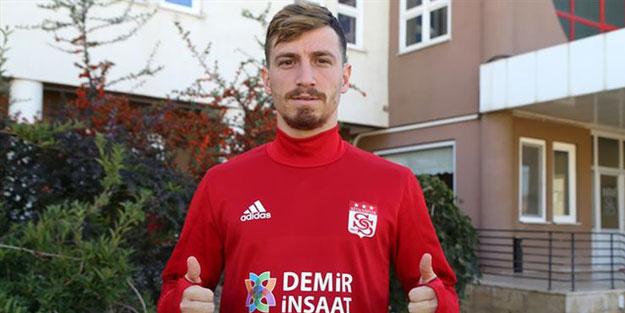 Galatasaray'da transfer harekatı! El sıkıştı