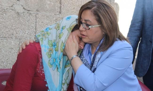 Gaziantep'te acılı gelini Fatma Şahin teselli etti