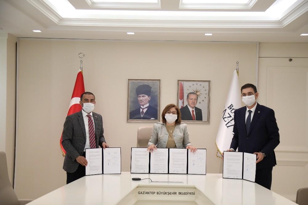 Gaziantep'te sanayi çalışanlarına pandemi önlemi