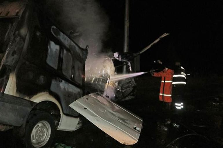 Gece yarısı katliam gibi kaza… 36 yaralı 17 ölü!