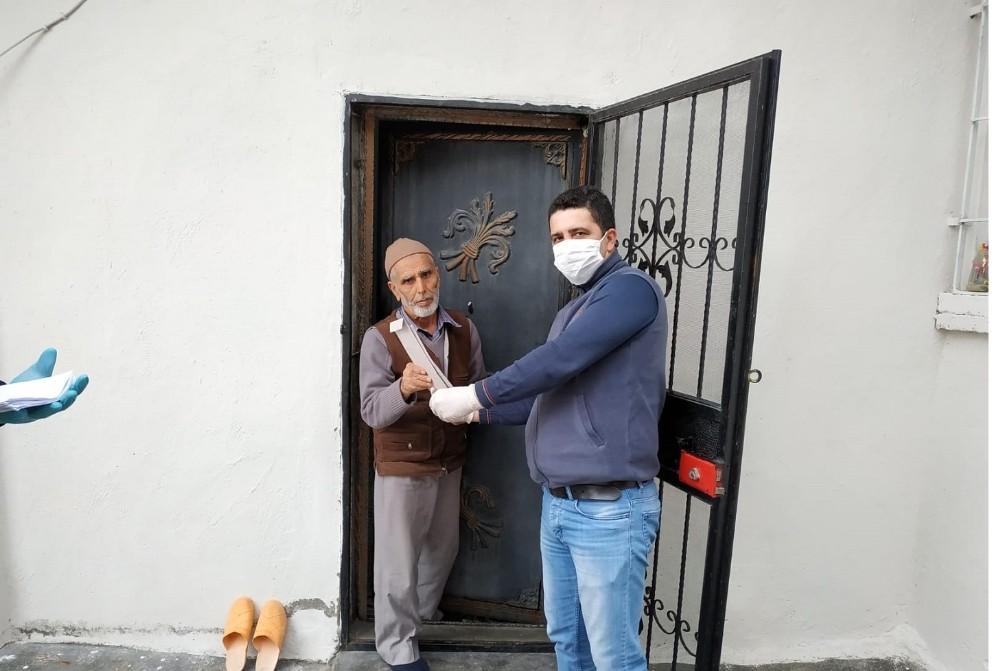 Gercüş'te sosyal destek ödemeleri evlerde yapılıyor