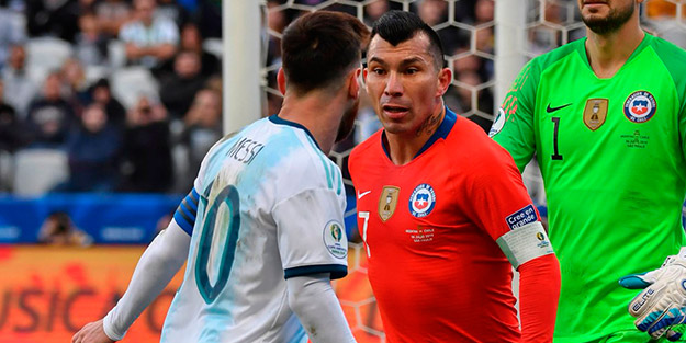 Gerginliğin yankıları! Messi'den tarihi protesto! Medel: Messi'ye katılıyorum