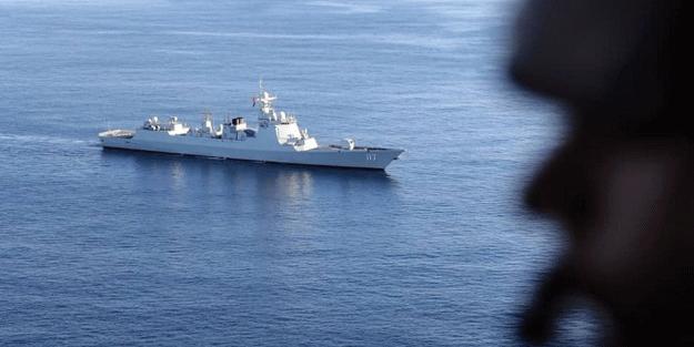 Gerilim tırmanıyor! İran'dan flaş açıklama: ABD savaş gemileri püskürtüldü