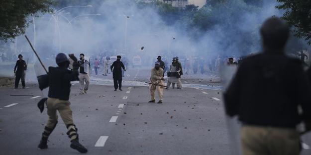 Gezi senaryosu Pakistan'da!