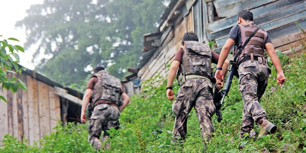 Karadeniz'de saldırı hazırlığı yapan teröristlerle sıcak çatışma