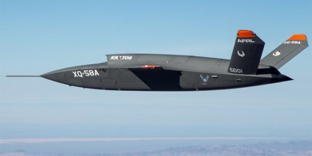 Gizleniyordu: ABD'nin insansız savaş uçağı ilk kez havalandı