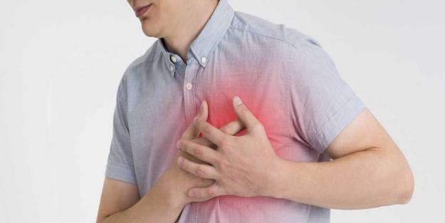 Göğüs ağrısı neden olur? Göğüs ağrısı hangi hastalıkların belirtisi olabilir?