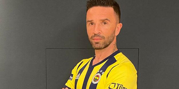 Mert'ten sonra bir transfer daha bitti! Yıldız futbolcu Fenerbahçe'ye döndü
