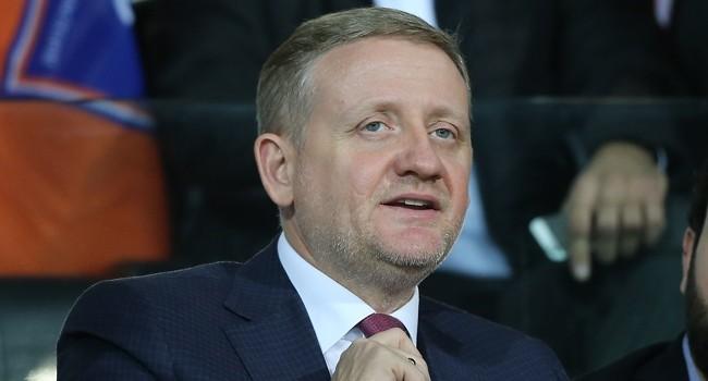 Göksel Gümüşdağ kimdir kaç yaşındadır? Başakşehir Futbol Kulübü Başkanı Göksel Gümüşdağ hayatı