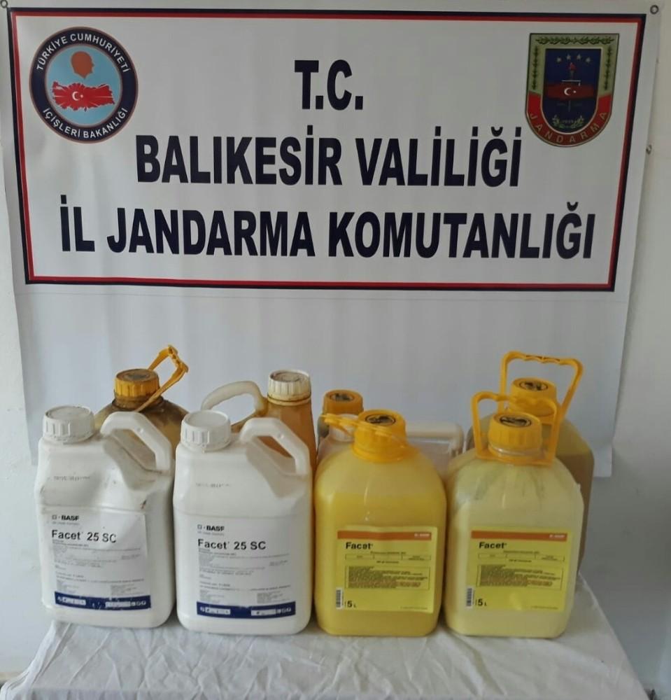 Gönen'de sahte tarım ilacı operasyonu