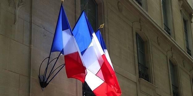 Görevden alınan imamdan Fransa İçişleri Bakanı hakkında suç duyurusu