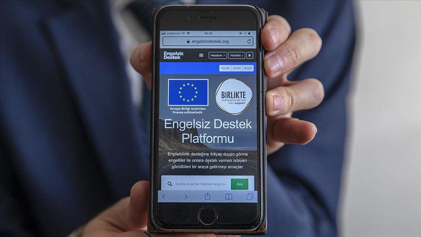 Görme engellilerin hayatı mobil uygulamayla kolaylaşacak