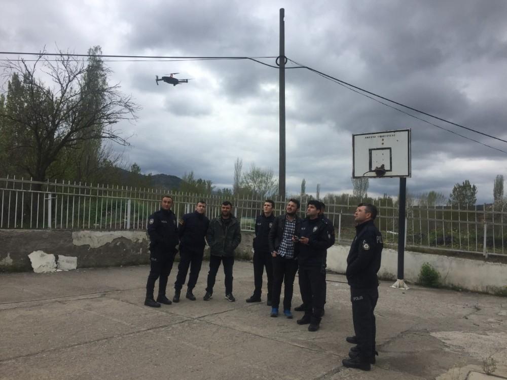 GÖYNÜCEK'TE POLİS VE JANDARMALARA İHA EĞİTİMİ