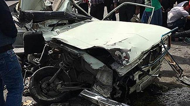 Grekoromen Güreş Milli Takımı'nı yaşıyan otobüs kaza yaptı