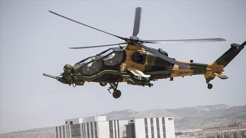 Güçlenen Atak helikopterinden 19 Mayıs'a özel uçuş