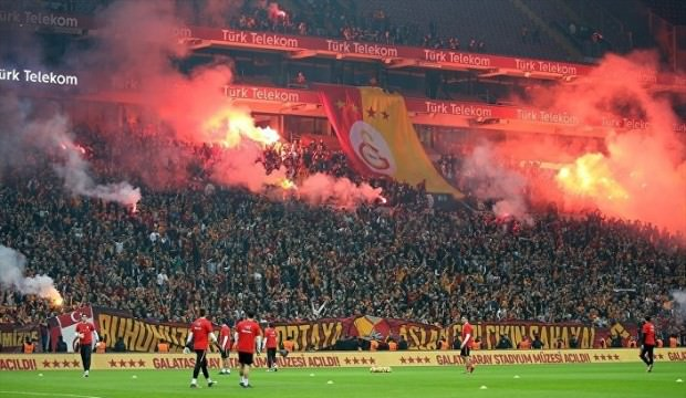 Guinness'den Galatasaray'a desibel rekoru sertifikası