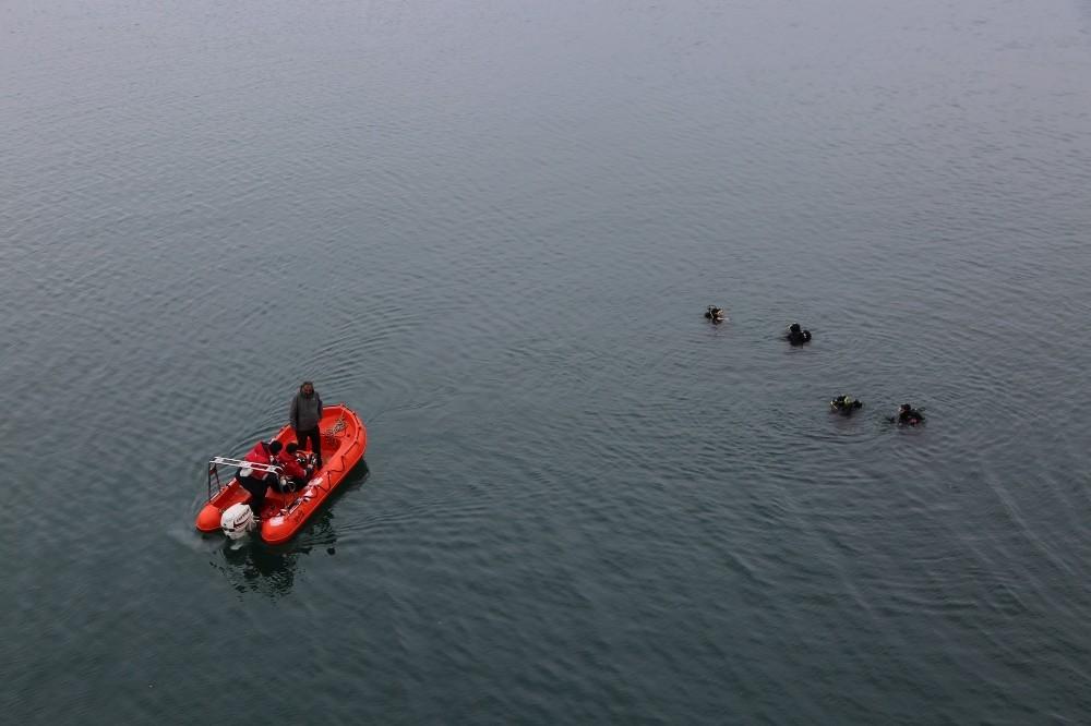 Gülistan'ı bulmak için 3 ROV cihazı ve 150 kişilik ekip arama çalışması yapıyor
