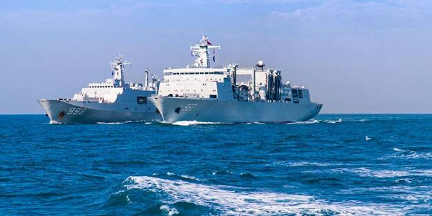 guney cin denizinde savas gemileri karsi karsiya geldi h1626728608 6b64a5
