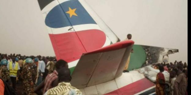 Güney Sudan'da 44 kişiyi taşıyan uçak düşttü