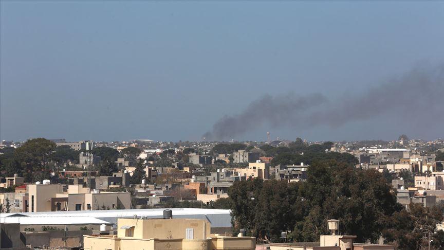 Hafter, Trablus'a saldırılarını sürdürüyor