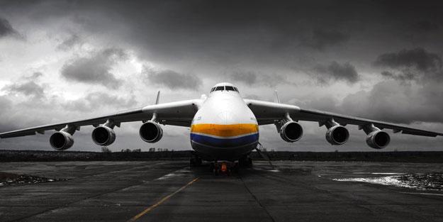 Hafter'e silah taşıyan Rus yapımı kargo uçağı düşürüldü