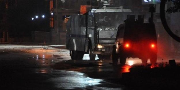 Hakkari'de polis ve adliye lojmanlarına saldırı